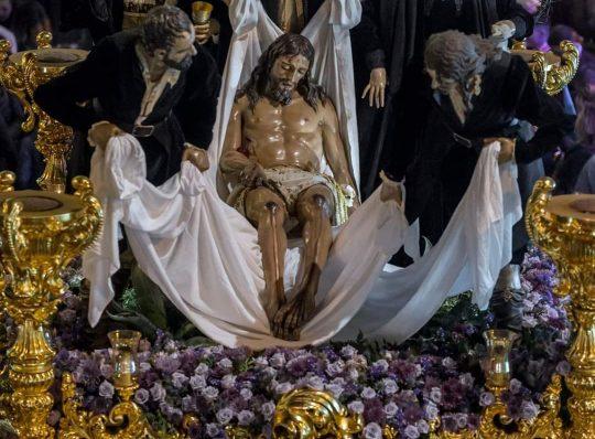Encierro del Santo Traslado y Nuestra Señora de la Soledad. Viernes Santo 2020